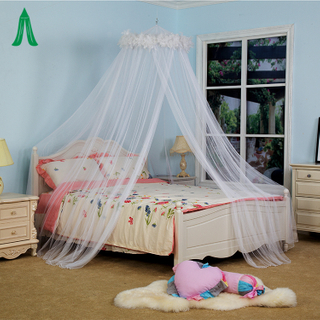 Bedroom Hanging Dome Mosquito Nets With Feather Decoration